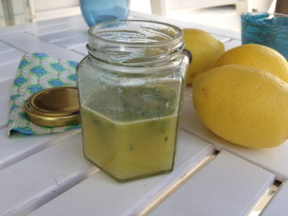 Ladolemono - Zitronen und Olivenölsauce