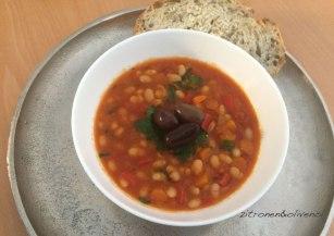 Fasolada Traditionelle griechische Bohnensuppe