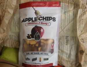 Apfel Chips mit Honig und Zimt im Paket von Monthly Flavors