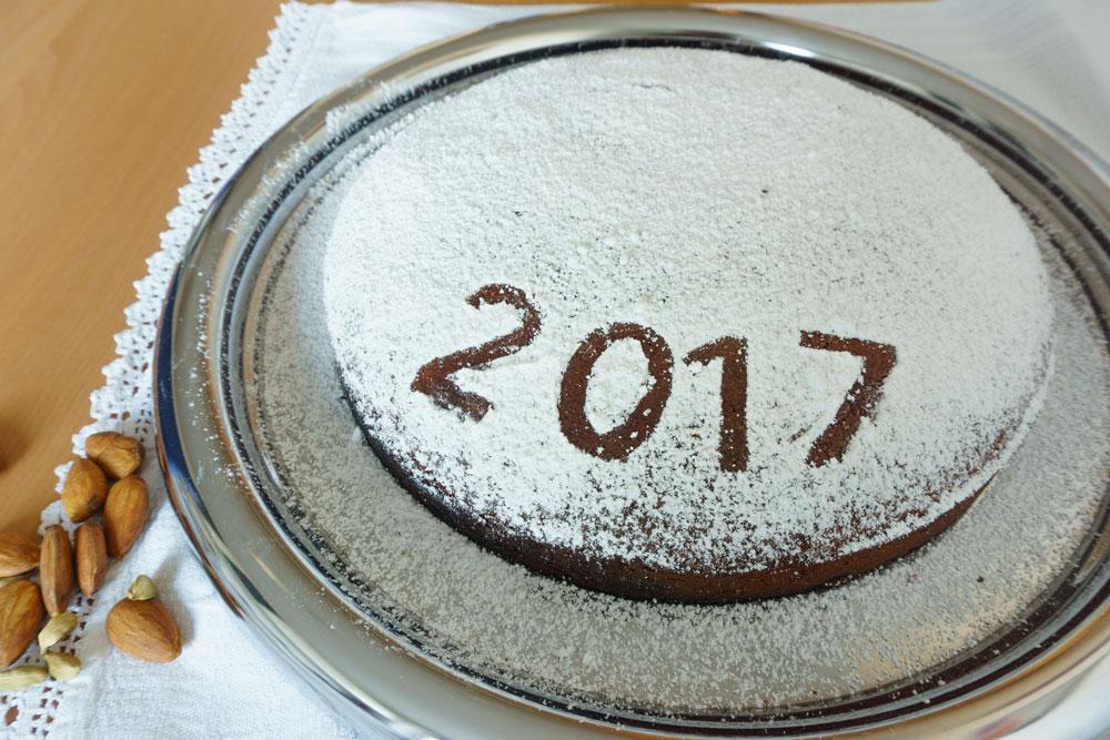 Griechischer Neujahrskuchen - Vasilopita mit Mandeln