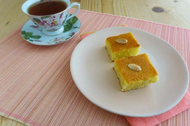 Samali mit Joghurt und Mastix